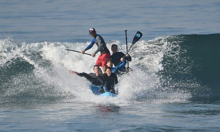 group-sup-fun-surf-768x461.jpg